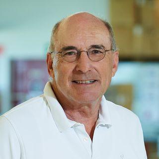 Dr. Walter Intemann